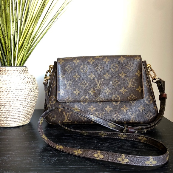 f062c22af Louis Vuitton Handbags - Authentic Louis Vuitton Mini Looping